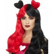 Röd och Svart Queen of Heart Inspirerad Peruk med Hjärtan