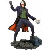 The Dark Knight DC Gallery - The Joker PVC Statue